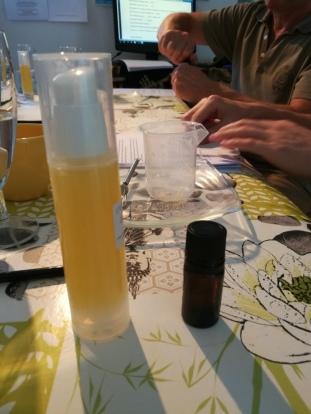 Gel et huile après rasage